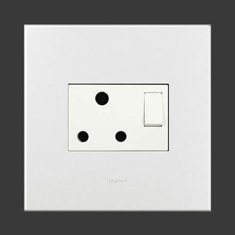 Arteor Single Switched Socket 4 x 4 - White