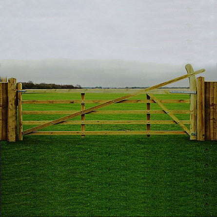 Softwood Estate Gate