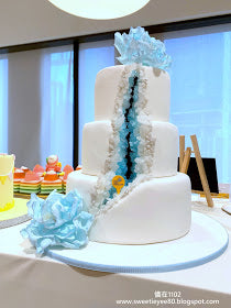 eat cake today-cake delivery-the cake show-cake trends 2020-gems of the blue cake