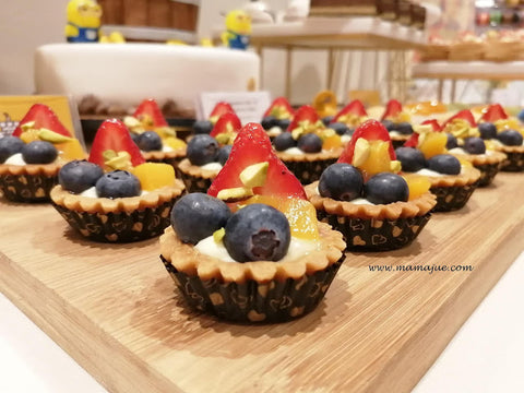 eat cake today-cake delivery-the cake show-cake trends 2020-30 pieces of Fresh Fruit Tartlets