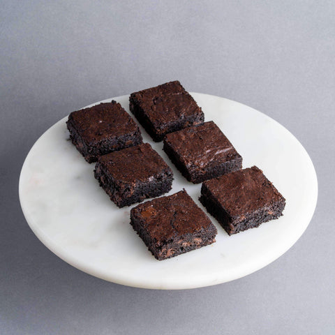 16 pieces Fudgy Dark Chocolate Chip Brownies - Brownies - Petiteserie Desserts - - - - Eat Cake Today - Birthday Cake Delivery - KL/PJ/Malaysia