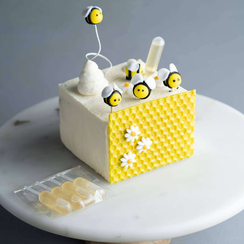Chamomile Honey Cake - Tea Flavored Cake - M Cake Boutique - - - - Eat Cake Today - Birthday Cake Delivery - KL/PJ/Malaysia
