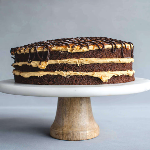 Salted Caramel Drizzle Cake 9