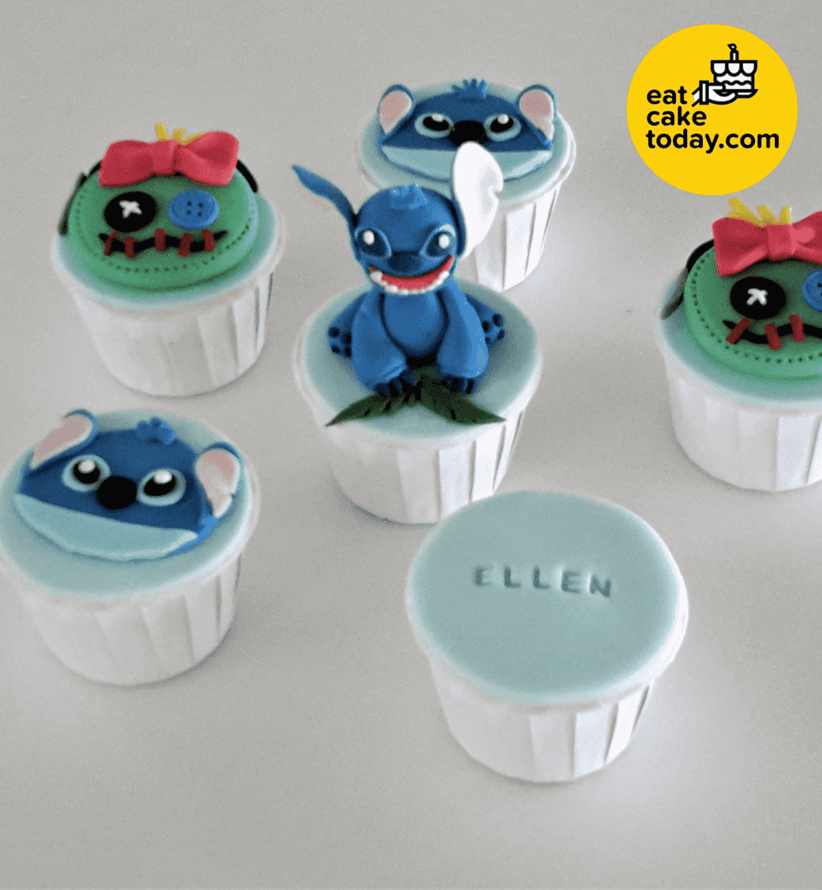Stitch Cupcakes (Customized with scrump faces) | Eat Cake Today