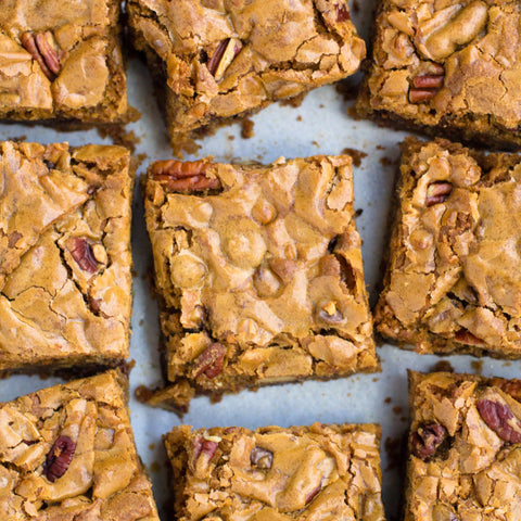 Classic Blondie with Pecans