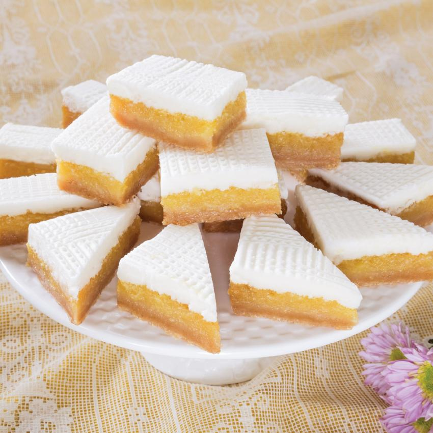 Lemon Bar cut into peices