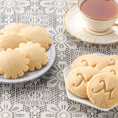Lemon and Traditional Shortbread cookies with tea