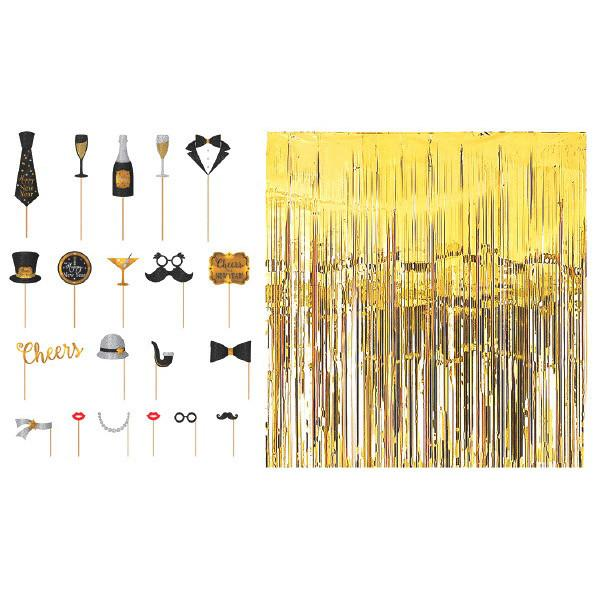 New Year's Deluxe Assorted Photo Props (20 Ct ) and Foil Curtain