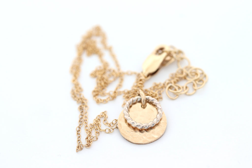 N045 Disc Necklace