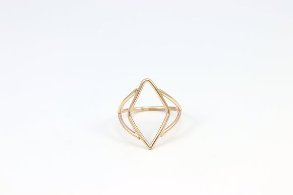 R026 Deco Open Weave Ring