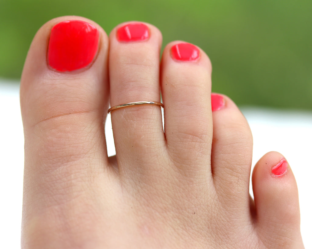 Dainty Toe Ring