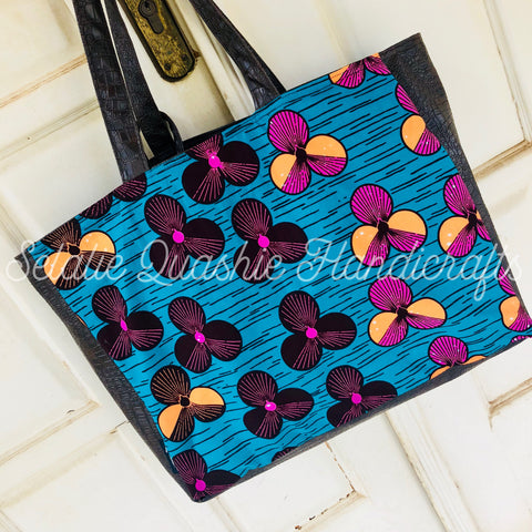 Flower Ofeibea Tote Bag