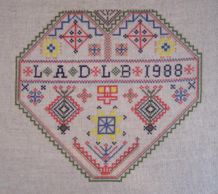 Dalecarlia Wedding Heart Chart
