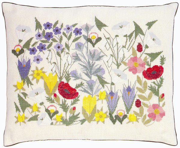 Flowerbed Pillow