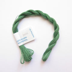 VH3001 Medium Moss Green German Flower Thread