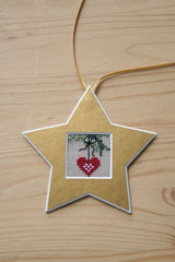 Gold Star Cut-Out