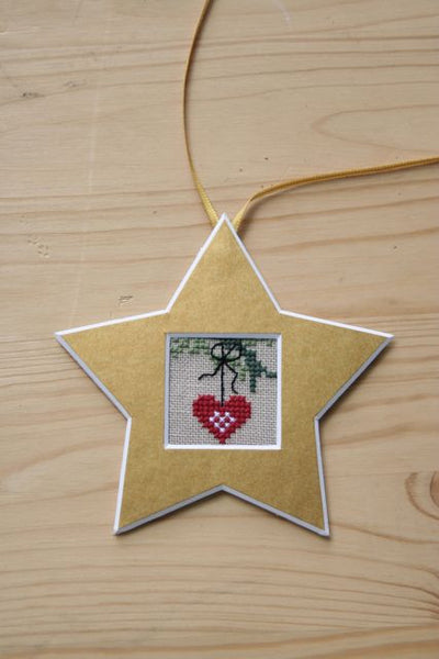 Nordic Heart Gold Star Cut Out Kit
