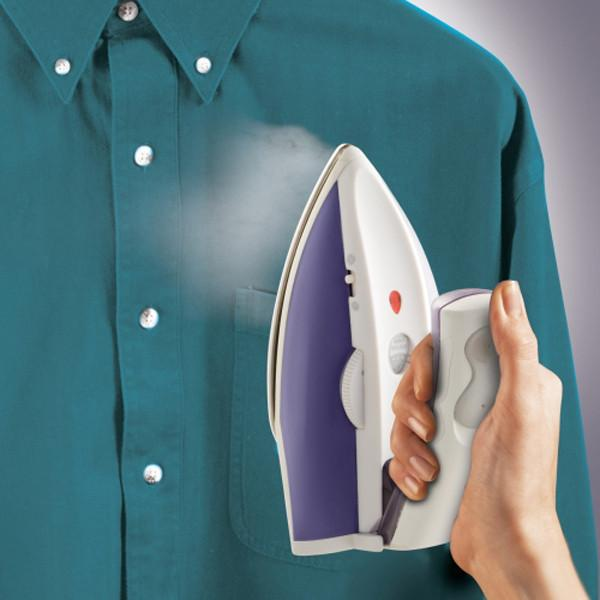 Hamilton Beach® Travel Iron & Steamer - Jet-Setter.ca