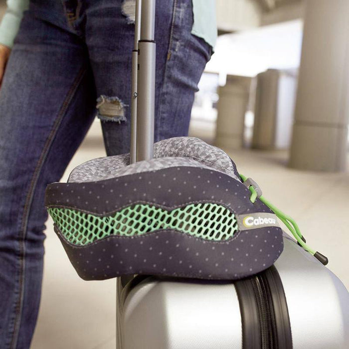 Evolution Cool Travel Pillow - Jet-Setter.ca