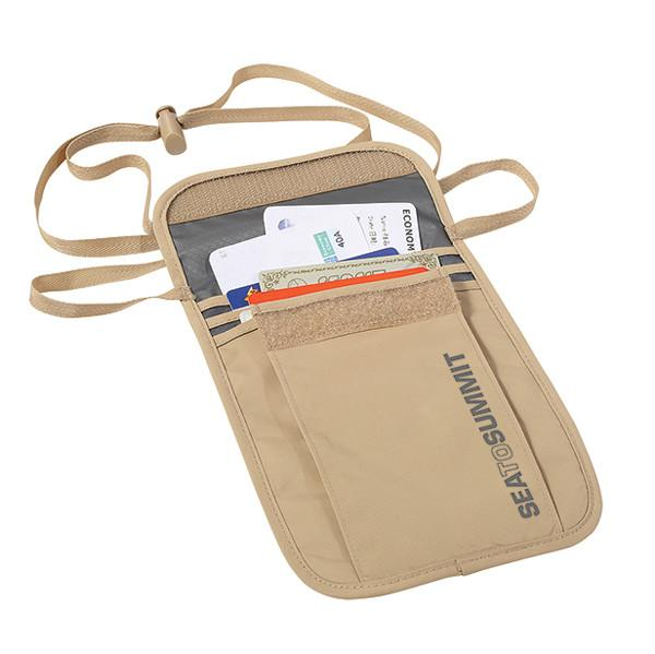 Travelling Light Neck Pouch - Jet-Setter.ca