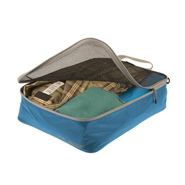 Travelling Light Medium Garment Mesh Bag - Jet-Setter.ca