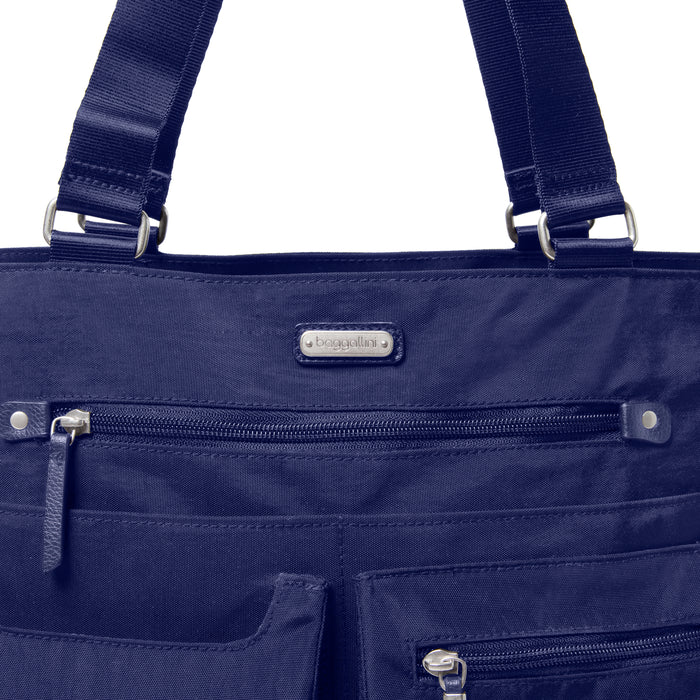 Baggallini Any Day Tote