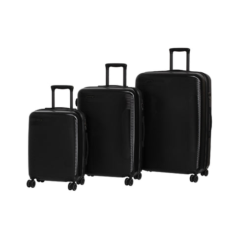 IT Luggage® 8-Wheel Autograph Spinner Set