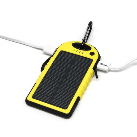 Power2Go Survive Solar Smartphone/Tablet Charger - Jet-Setter.ca