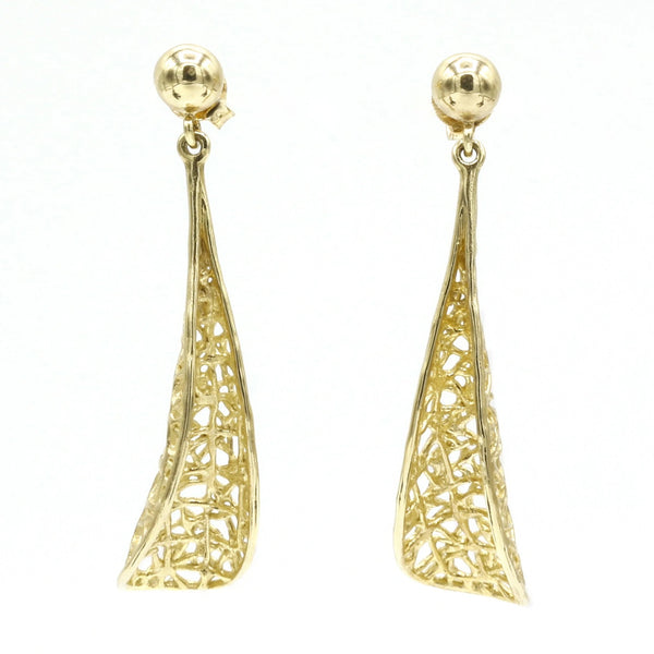Curved grid shape gold earrings