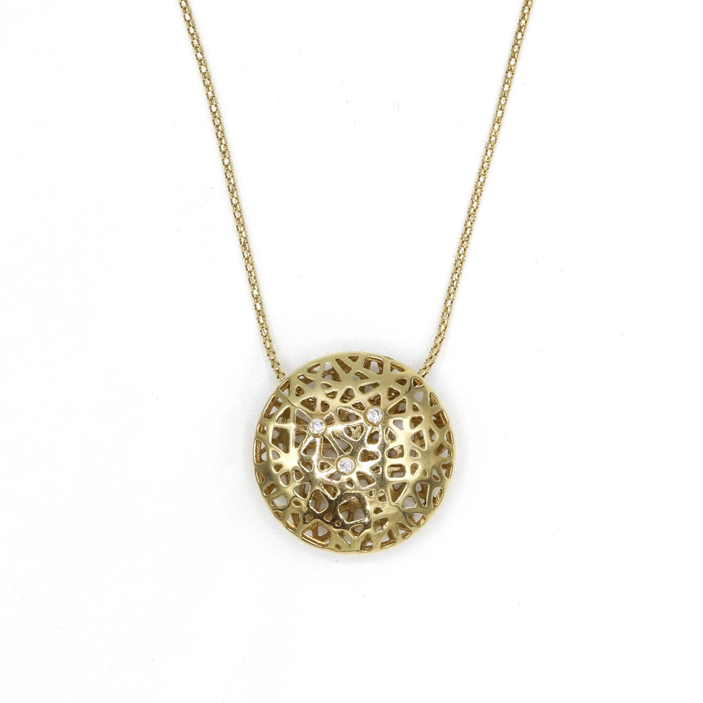 Round net shape gold pendant with diamonds