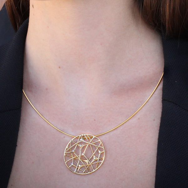 Grid gold & diamonds pendant