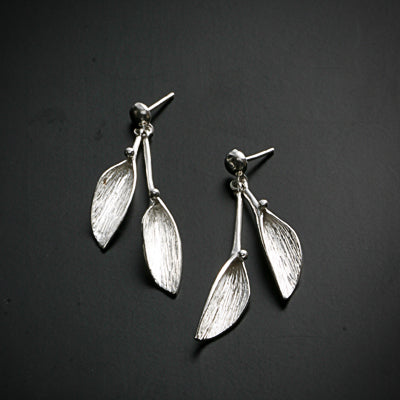 """Leaves of life Collection"" hanging silver earring"