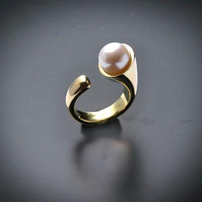 Curve pearl silver ring