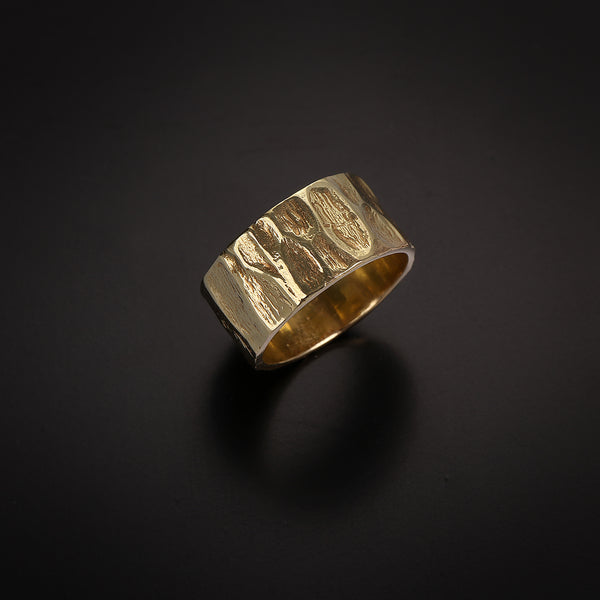 Wide soil texture gold ring
