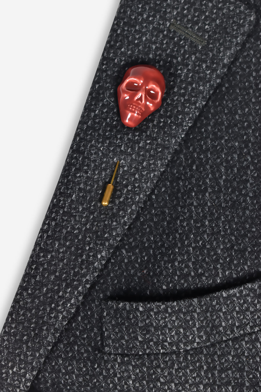 man-jewellery-brooch-skull-red-ceramic-designer-yojo