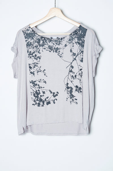 Shady Leaf Tee Gray