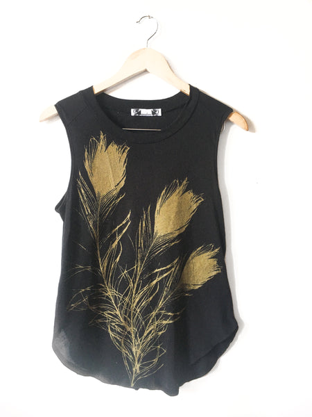 Peacock feather tank Black and Gold