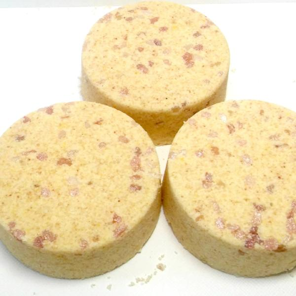 Coconut Lemongrass Bath Bomb