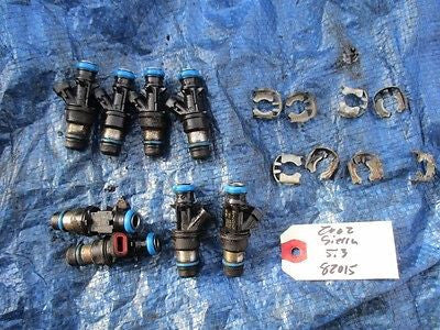 2002 GMC Sierra 1500 OEM fuel injectors set OEM 25317628 engine motor 4.8 5.3 V8