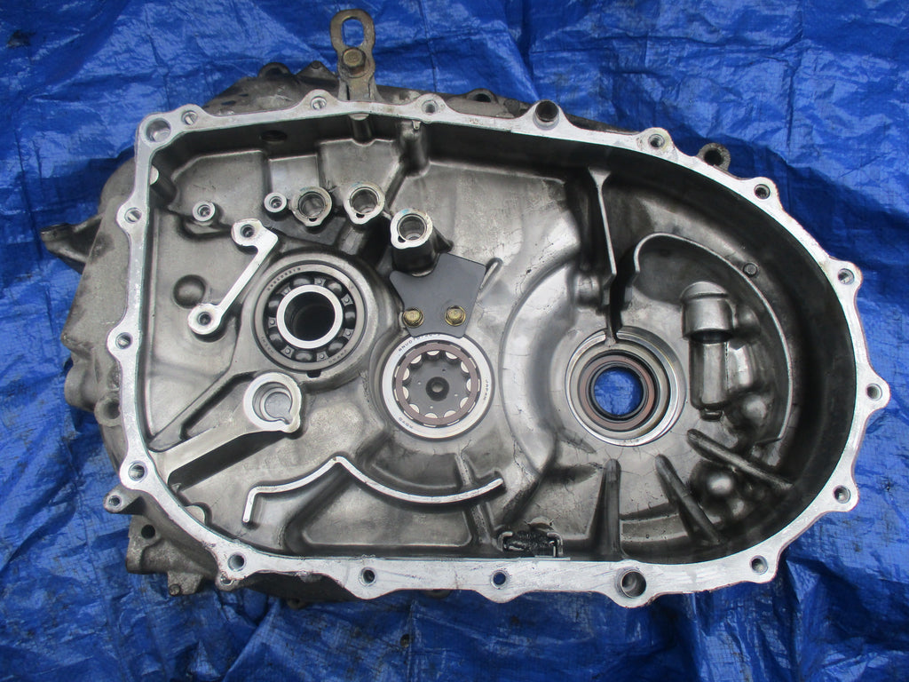 02 04 Acura Rsx Type S X2m5 Inner Transmission Casing 6 Speed Housing Just Engine Parts