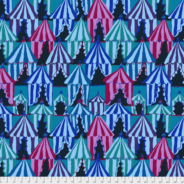 Brandon Mably Glamping - Blue