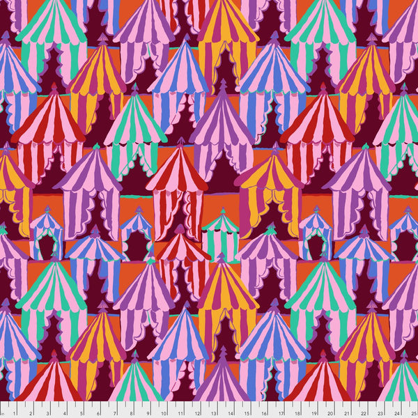 Brandon Mably Glamping - Red