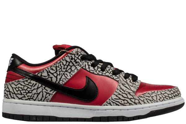 "NIKE DUNK SB LOW ""SUPREME"""