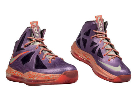 "NIKE LEBRON 10 GS ""AREA 72″"