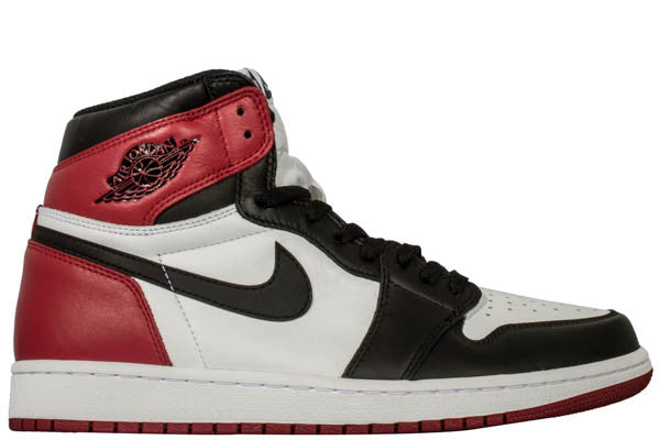 "AIR JORDAN 1 ""BLACK TOE 2016"""