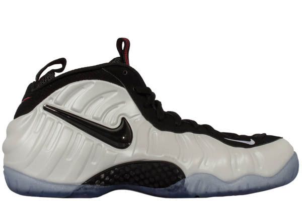 "NIKE AIR FOAMPOSITE PRO ""CLASS OF 97 """