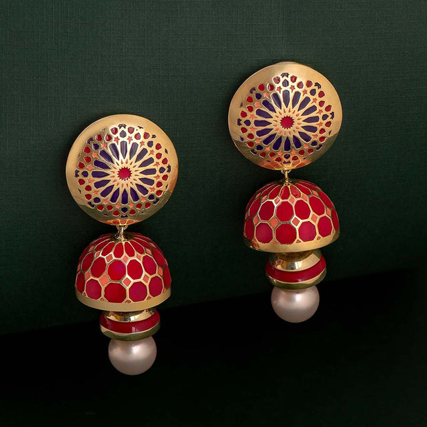 Innayat Pearl Earrings