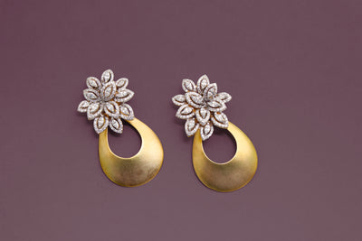 Earring from Foliage collection