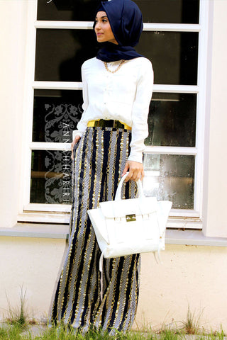 chain print trousers