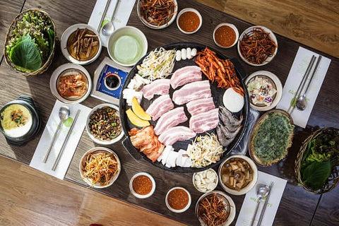 A table filled with ingredients for Gogi-gui